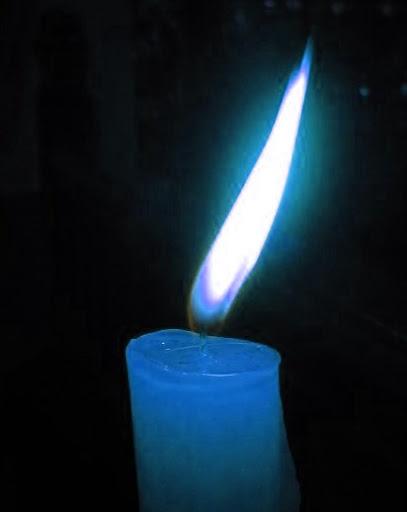 vela azul para fazer simpatia para esquecer o meu ex namorado